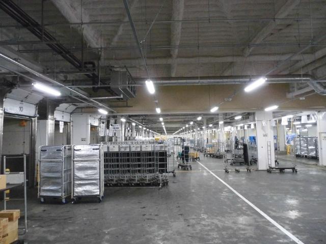 夜勤でアマゾン通販倉庫の軽作業。長期歓迎!週3日~OK。もちろん深夜手当もあります!